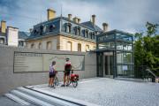Radfahrer auf dem Vorplatz der Donauquelle, Copyright: Heinz Bunse