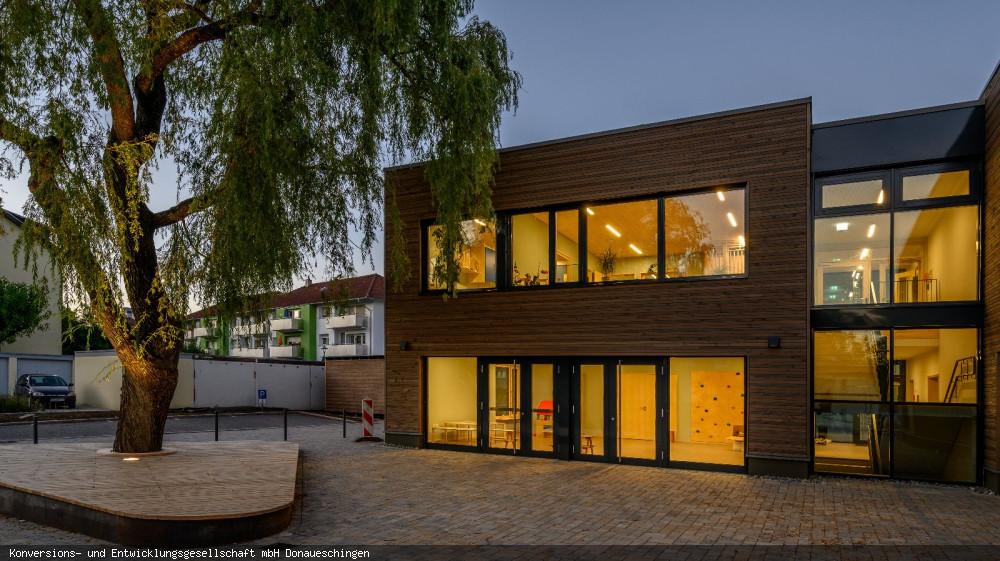 """Kindertagesstätte """"Am Buchberg"""" Eingang-West, Foto: Heinz Bunse"""