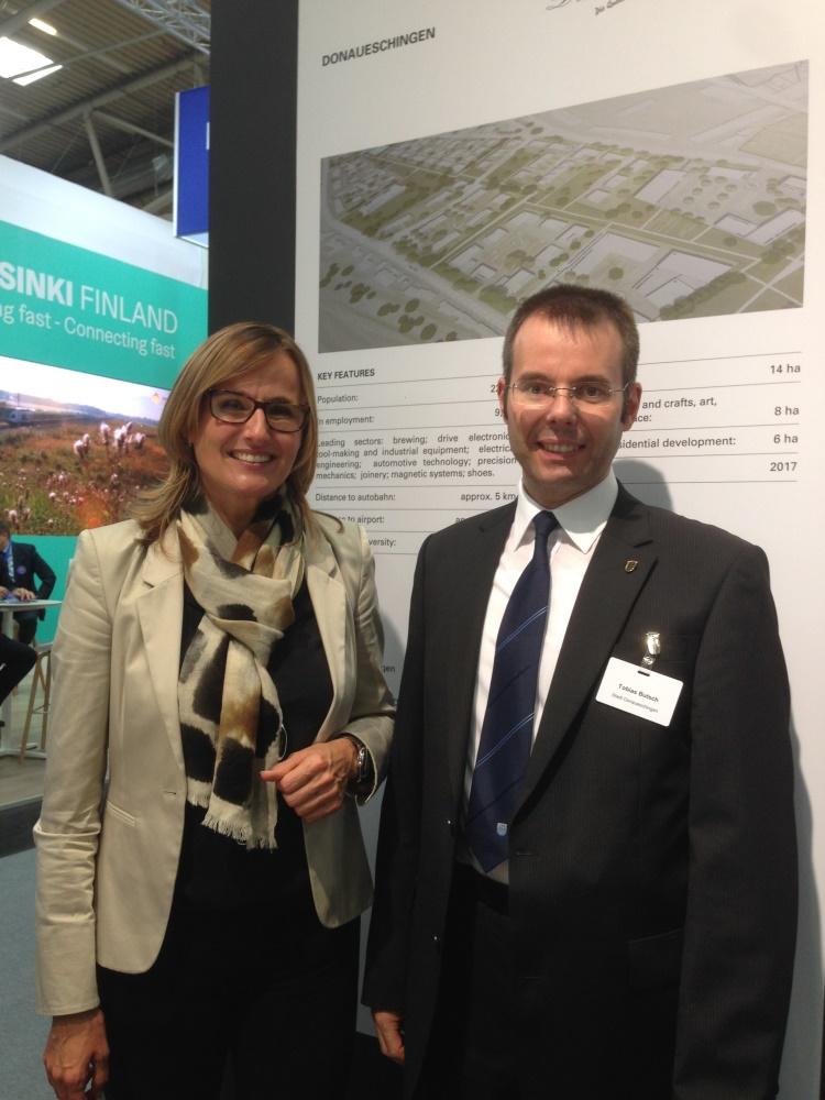 Frau Staatssekretärin Katrin Schütz mit Herrn Geschäftsführer Tobias Butsch auf der EXPO REAL